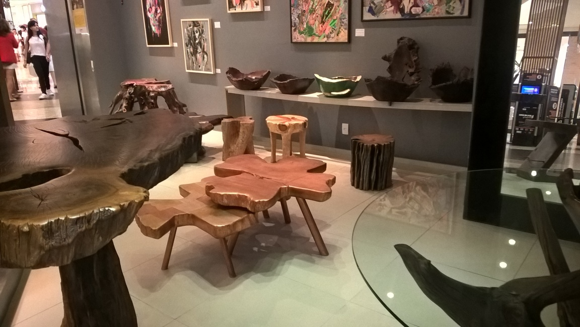 Digital_Marketing_on_the_Amazon_River_Wood Furniture